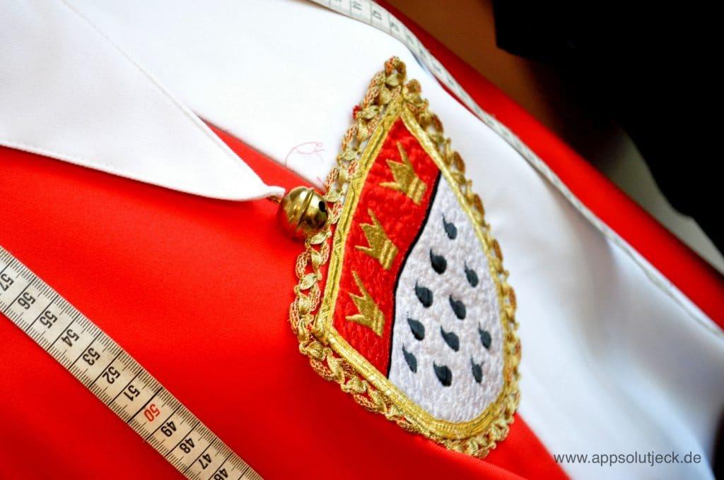 Das Kölner Wappen auf einem Kostüm