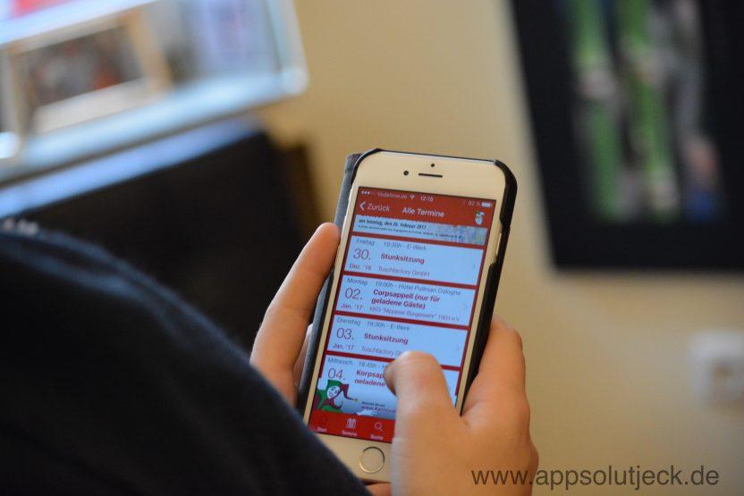 Smartphone mit App von Appsolut jeck