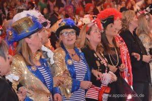 Feiernde Mädels auf der ZDF Mädchensitzung