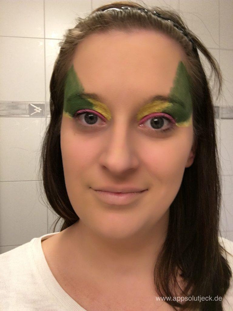 Sarah Schminkt Step 4