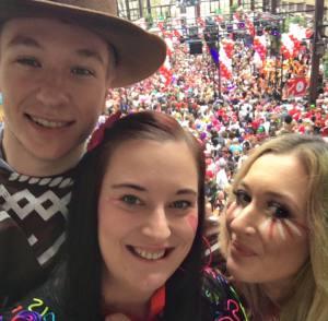 """Blogger Sarah, Daisy und Jan auf der 11. em 11. Rote Funken Alaaf""""-Party im Maritim"""
