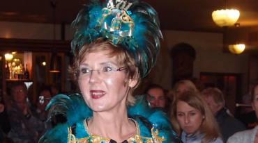4711-Kostüm auf der Modenschau Karnevalskostüme Pink Pinscher