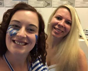 Weiberfastnacht Fest in Blau Gürzenich Blaue Funken Perfekter Mädelsabend