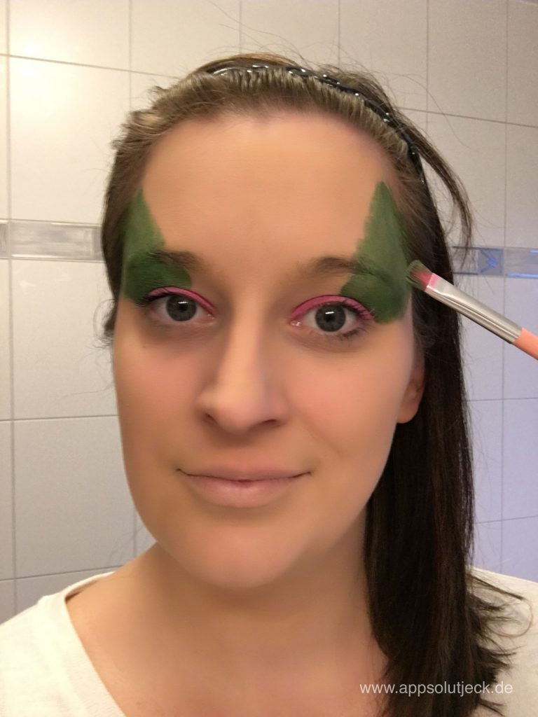 Sarah Schminkt Step 3