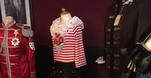 Modenschau Karnevalskostüme Pink Pinscher