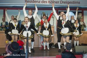 Goldene Lyskircher Hellige Knäächte un Mägde tanzen