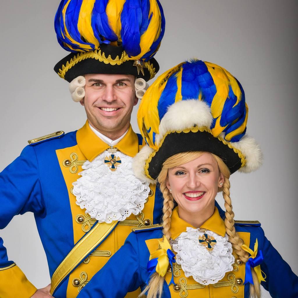 Tanzpaar Bürgergarde blau gold