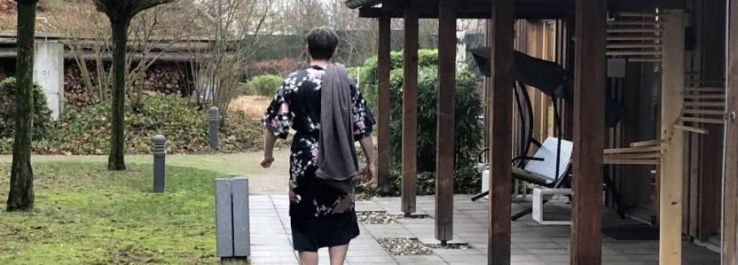 Alex durchstreift die Saunalandschaft