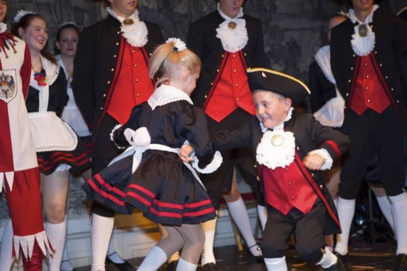 Tanzgruppen im Kölner Karneval Hellige Knäächte & Mägde
